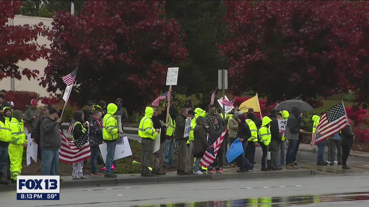 Boeing employees and supporters protest company's vaccine mandate