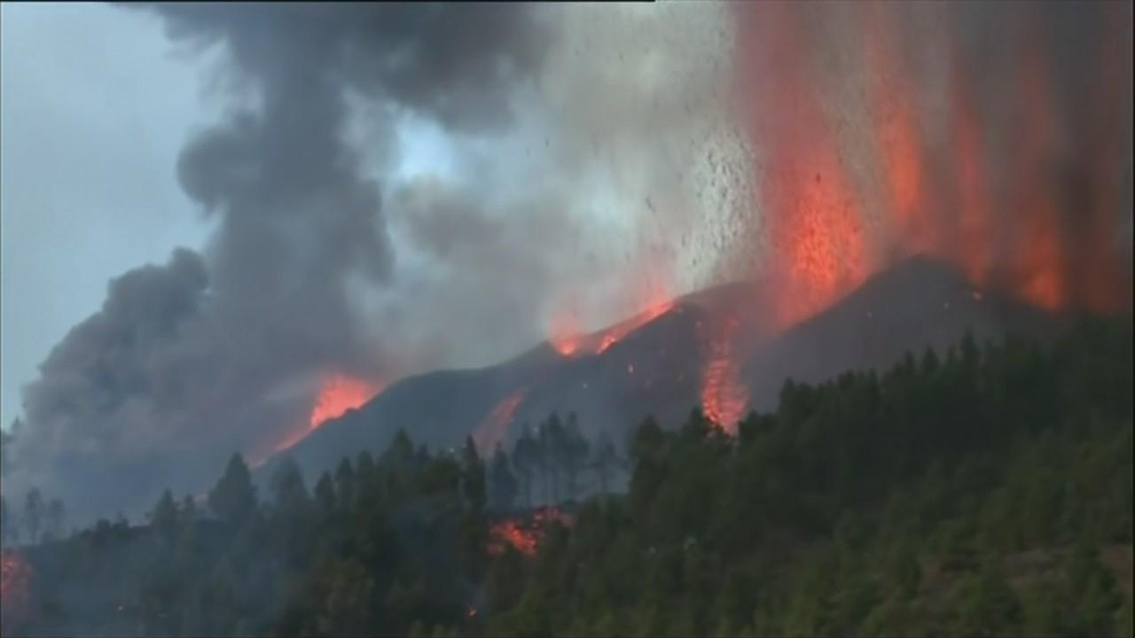 Volcanic eruption in Spain