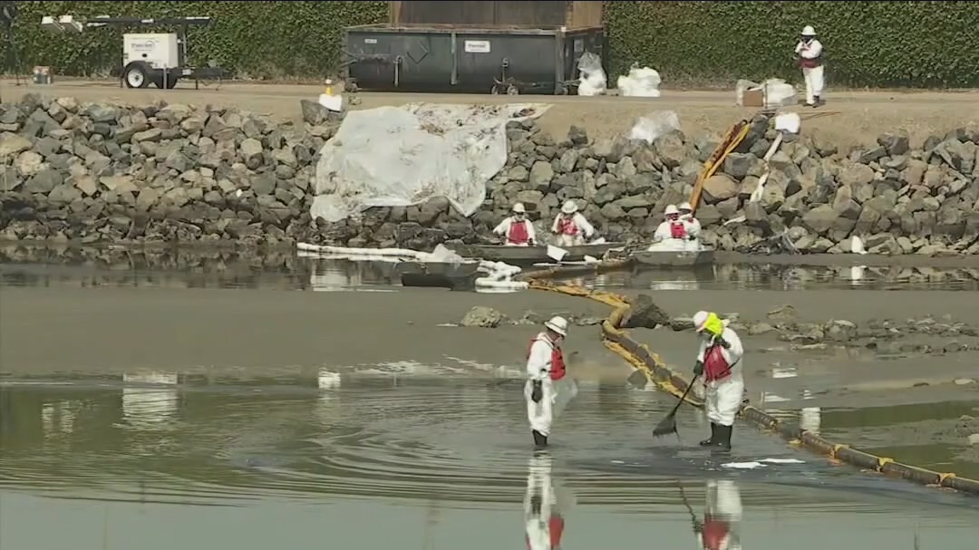 Shipping container company being investigated in Huntington Beach oil spill