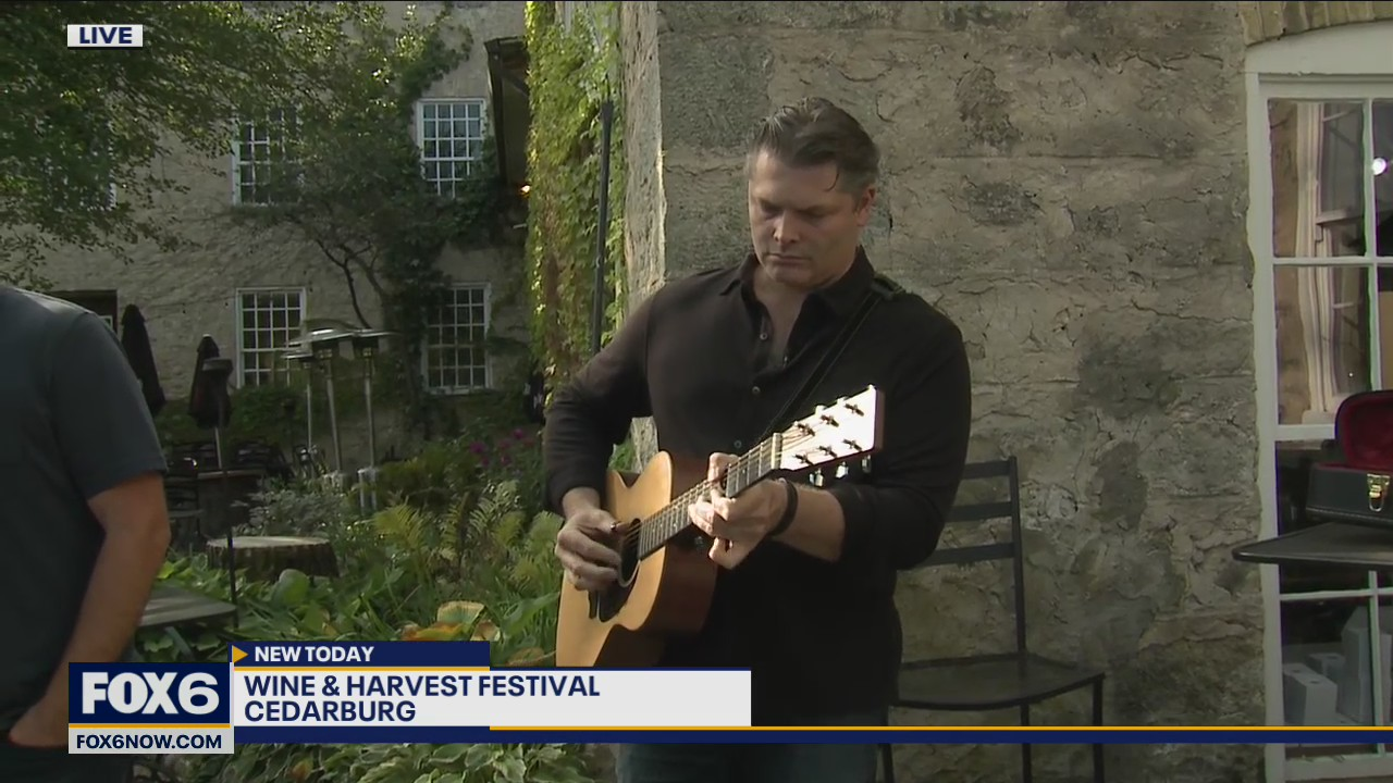 Live music at the Wine & Harvest Festival