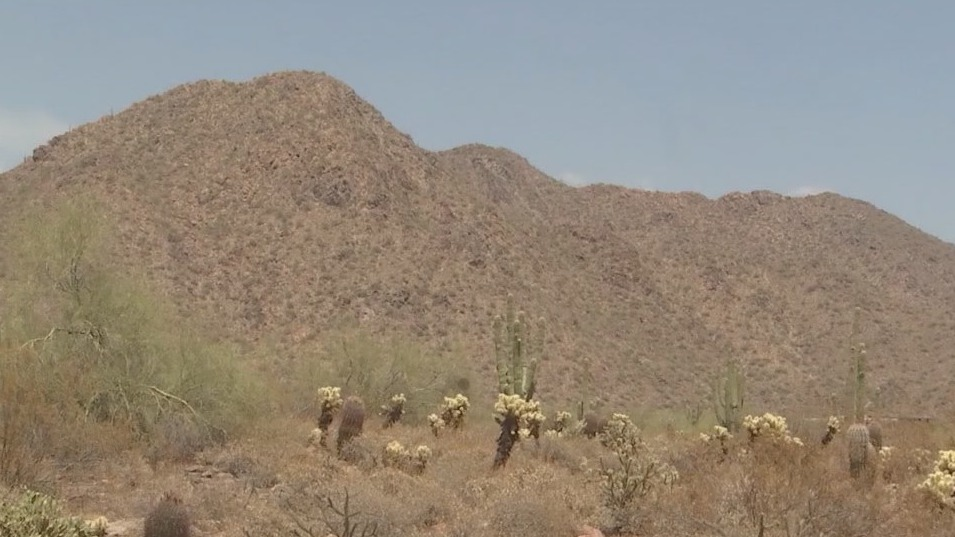 Woman suffers medical emergency, dies on Scottsdale hiking trail, PD says