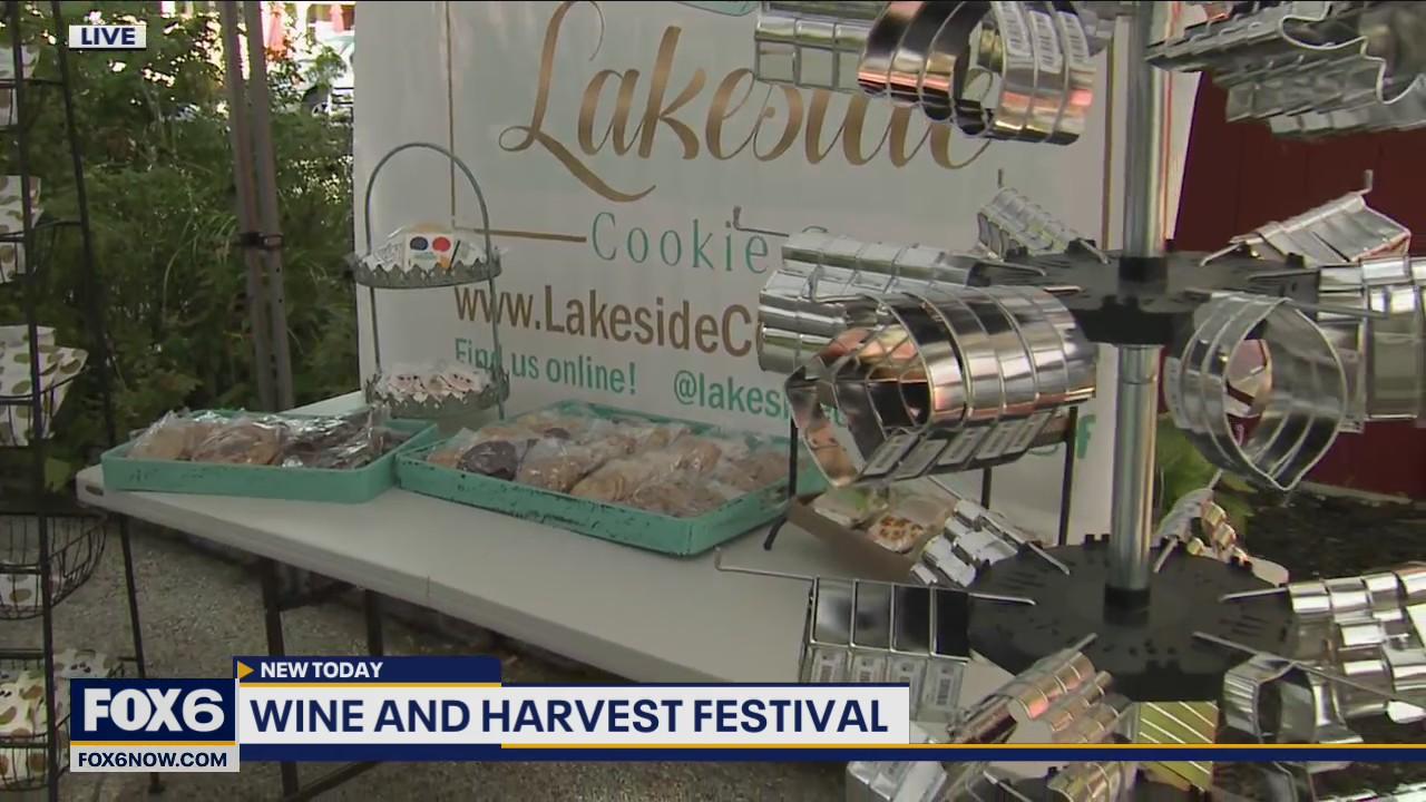 Gift vendors at the Wine & Harvest Festival