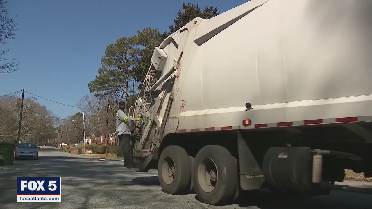 Staffing shortage leads to slow pickup on Atlanta's curbs
