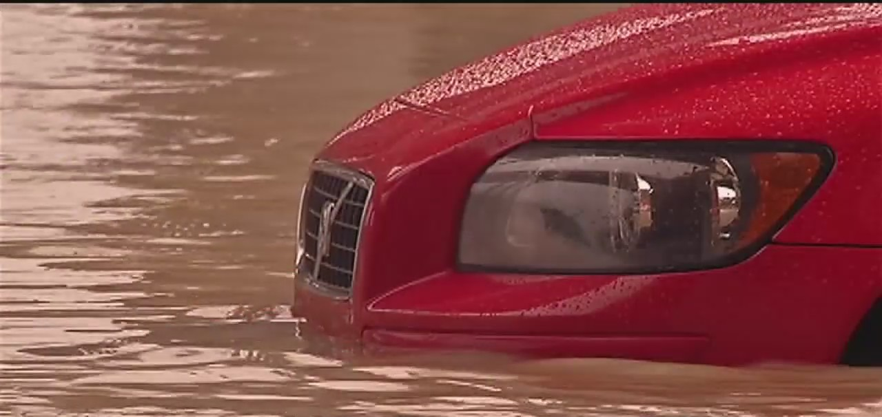 Estimated 212,000 flooded vehicles expected to tighten shortage