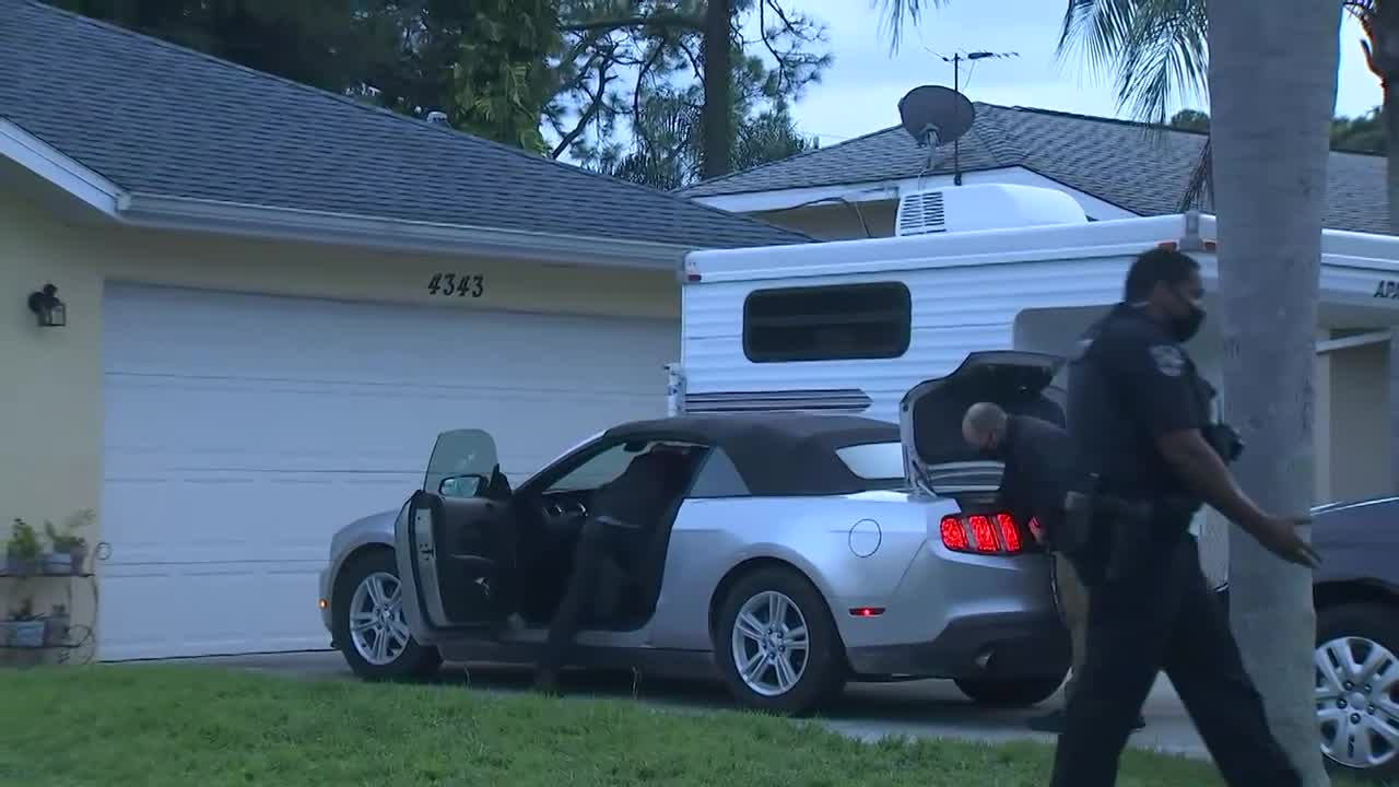 Gabby Petito update - Investigators search car in front of Laundrie's Florida home